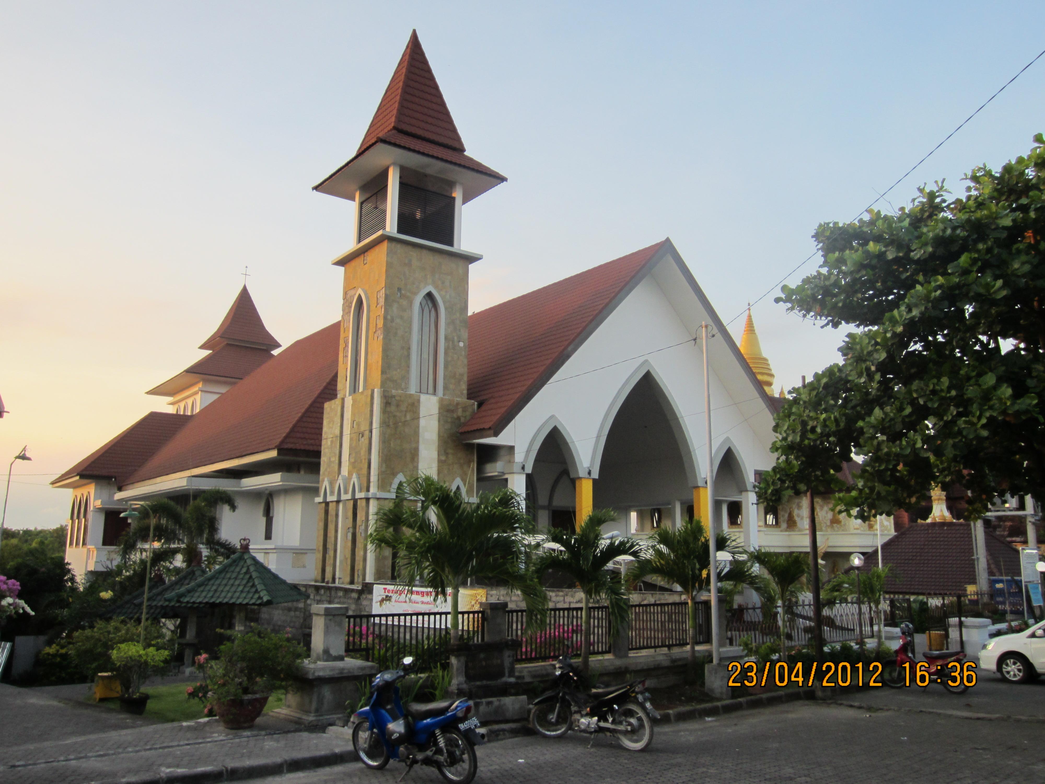 Foto gereja kristen protestan 21